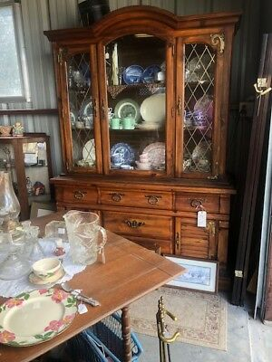 Delicieux Broyhill Lenoir House Oak China Cabinet