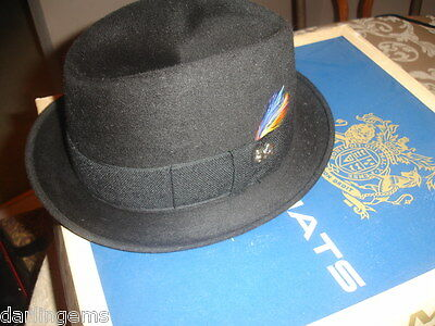 a856cee91a2 Vintage black Felt Champ Featherweight Fedora Hat Size 6 7 8 Great  Condition box