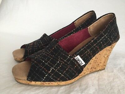 031f8929b0a TOMS WOMENS WEDGE Heels Shoes Size 7 Black Glitter Sequins Open Toe ...