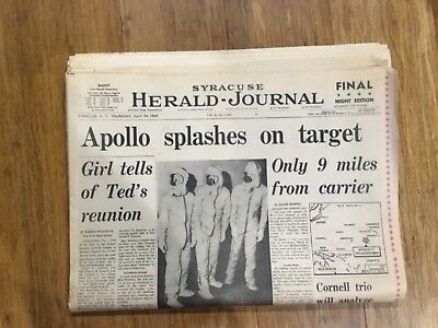 Original 1969 Newspaper Apollo 11 splashdown