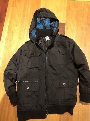 Boys Black Hooded Jacket Size 7 - In excellent Condition!!