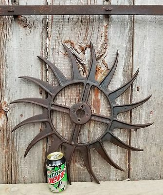 ANTIQUE INDUSTRIAL GEAR DECOR, Old Vtg Cast Iron Metal Wheel Art Steampunk