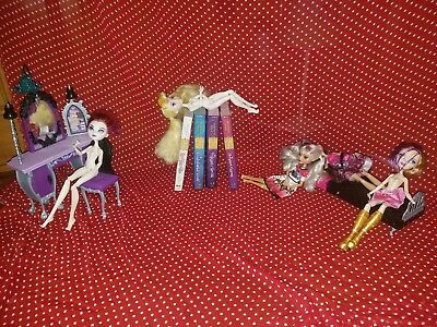 Used Mattel Ever After High dolls+ books