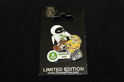 Wall-E and Eve Earth Day 2015 Disney Pin