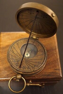 Brass Vintage Antique Pocket Sir Lord Kelvin Collectible Sundial Compass W/case