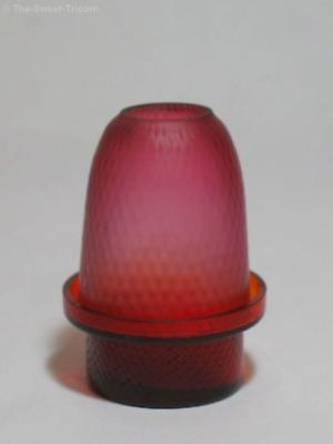 Maroon Quilted Glass Clarke's Fairy Lamp, Pyramid Size