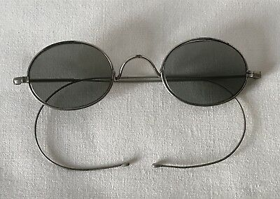 Pair of Vintage Edwardian or Earlier Wire Spectacles (No Case)