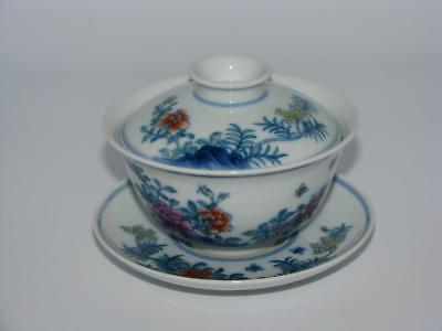 A Fine Chinese Doucai Famille Rose Porcelain Tureen, Yongzheng Mark * No Reserve