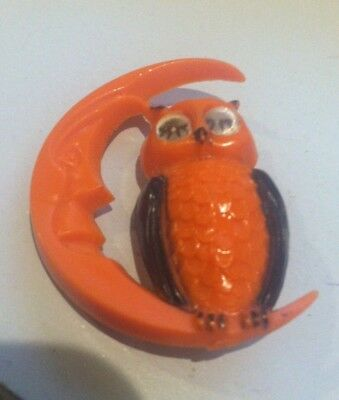 Winking Owl on Smiling Crescent Moon Halloween  Vtg Pin Brooch