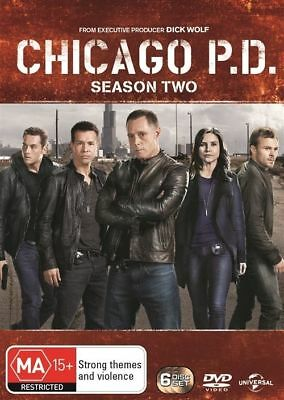 Chicago P.D. PD Season 2 :  DVD Regions 2,4 very good condition