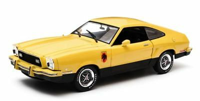 Greenlight 1/18 Scale 1976 Ford Mustang Ii Stallion Model | Bn | 12889