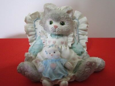 """Vintage Calico Kittens Figurine """"FRIENDS ARE CUDDLES OF LOVE"""" 1992 P. Hillman"""