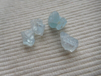 Lot 4 Cristaux Naturel Aigue Marine Bleu  Madagascar Pierre Fine 18 Carats C42