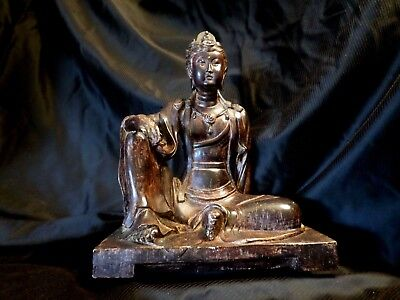 statuette/ art asiatique/ bouddhisme/ bouddha/
