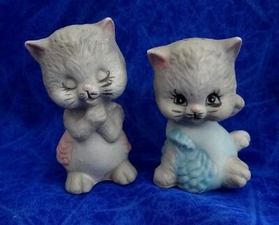 Vintage Salt And Pepper Shakers Two Little Kittens Bisque  + Bonus Shakers!!!!!