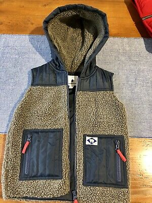 Country Road Boys Vest Size 4-5 BNWT