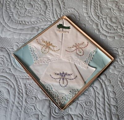 Vintage Boxed Linenhall Ladies Irish Embroidered All Cotton Handkerchiefs