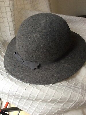 Womens Vintage KANGOL Grey Wide Brim Bowler Hat Felted Wool With Bow