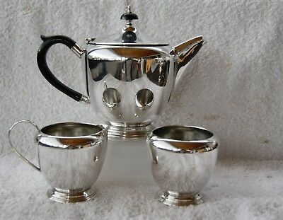 VINTAGE  SILVER PLATED E P N S ~  3 pc TEA / COFFEE  SERVICE  YEOMAN OF ENGLAND