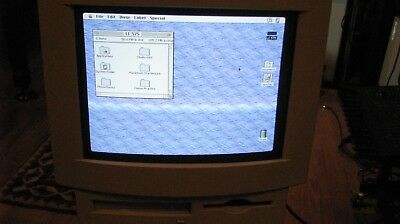 Apple Mac LC575, 68LC040 CPU 33MHz with CD and hard disk