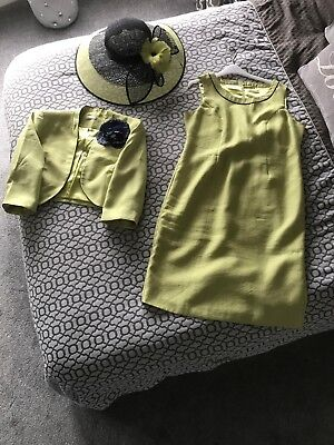 Jacques Vert, Size 16, Green suite with navy trim complete with matching hat