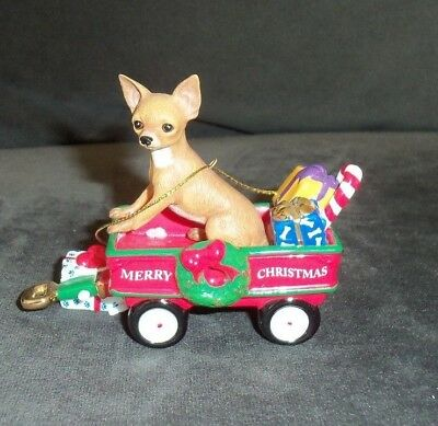 COLLECTIBLE~DANBURY MINT THE 2011 ANNUAL CHIHUAHUA ORNAMENT~A Waggin Holiday TAN