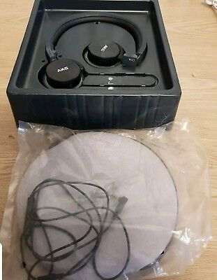 AKG Y40BLU On-Ear Folding Headphones for iPhone Android Phones