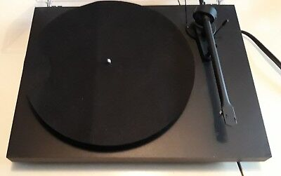 platine Pro-Ject Debut III 3  vinyle Record Turntable (sans cellule)