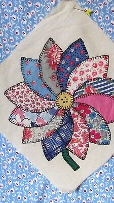 """DAISY DAHLIA SUNFLOWER QUILT BLOCK Pink and Blue 12"""" sq 1935-40's GORGEOUS"""