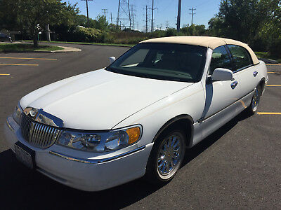 2001 Lincoln Town Car Presidential Edition