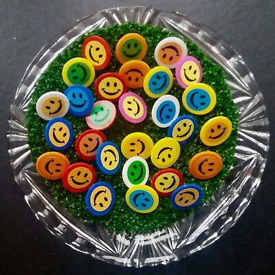 "20 x ""HI-VIS  SMILEY-FACE"" MIXED COLOURS  PLASTIC GOLF BALL MARKERS FREE UK P&P"