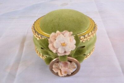 Vintage Velvet Green Pin Cushion Flowers Gold Color Lace Trim Ring Sewing