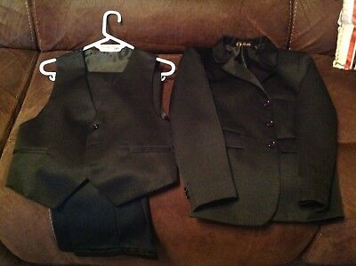 Boys Black 3 Piece Suit Aged 10 Years - Excellent!