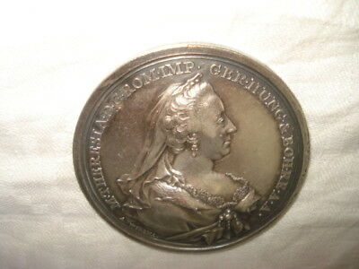 Medaille Argent 1767 Retablissement Imperatrice Marie Therese Petite Verole