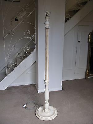 Handsome Regency Style Painted Solid Pine Standard Lamp - Post 1950 - Delivery
