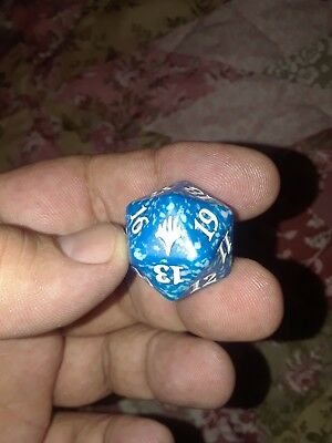 Magic The Gathering MTG planeswalker  Blue 20 Sided Spindown Dice (x1)