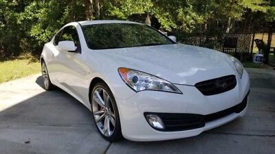2011 Hyundai Genesis R-Spec Coupe 2.0 turbo, 6 speed manual