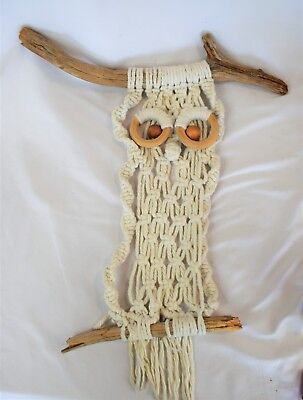 """Vintage 70's White Macrame Owl Wall Hanging w/ Wood Beads Tree Branches 22"""""""