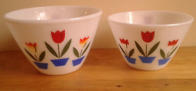 Set Of 2 Vintage Anchor Hocking  Fire King Oven Ware Tulip Mixing Bowls1950's
