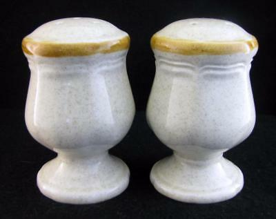 Mikasa GARDEN CLUB Salt & Pepper Shaker Set EC400 Beige with Tan Trim