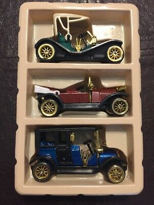 Vintage Antique Classic Style Die-cast Cars 1:64  High Speed New Old Stock