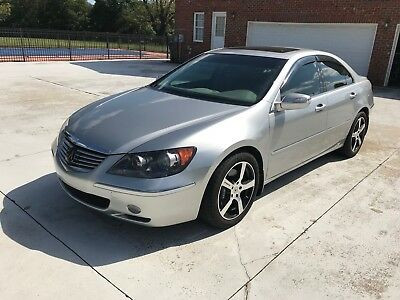 2007 Acura RL Technology with CMS Adaptive Cruise Control Acura RL 2007 runs like new, excellent condition.