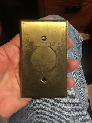 VTG BRASS BRYANT SCREW COVER FLOOR WALL RECEPTACLE Electrical Outlet