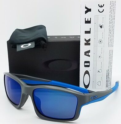 2a32659e5b3cd2 NEW Oakley Chainlink sunglasses Matte Grey Ice 9247-05 blue chain AUTHENTIC  9247