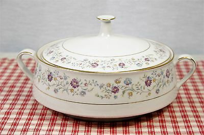 Noritake  LONGWOOD 2485 Covered Casserole, Double Handles  MINT!