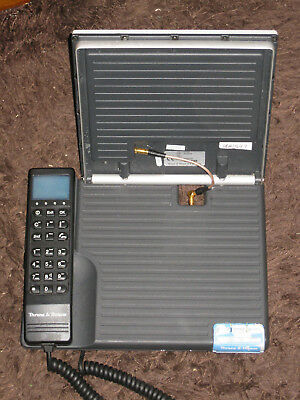 Thrane & Thrane satellite phone in carry bag TT 3060 Ser No 97163845