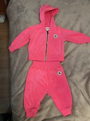 f9d1f2dc23a6 BABY GIRL CONVERSE Tracksuit - £3.50