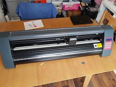 Used Graphic vinyl cutter plotter