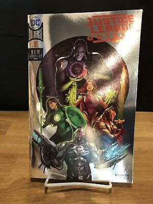 NYCC Exclusive - Justice League Odyssey #1 FOIL Variant