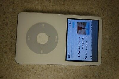 Apple A1136 iPod Classic 30GB White 5th Generation SCREEN ISSUE